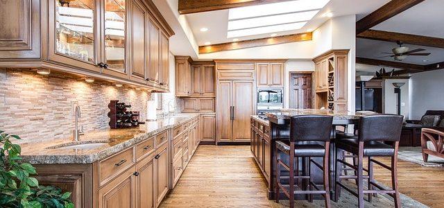 Kaunis ja hieno keittiö